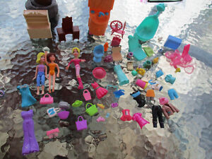 PollyPocket dolls and accessories
