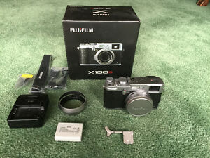 Fujifilm X100S 16.3MP Camera - Silver - With Accessories