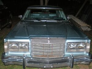 78 ford  4 door for parts 500. obo