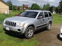 2005 Jeep Grand Cherokee Laredo AWD  sale or trade