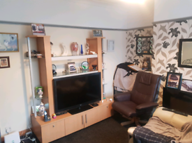 Room for Rent in 2 bed house: Bolton