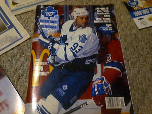 1993 TORONTO MAPLE LEAFS FANS NEWSPAPER SCRAPBOOK COLLECTION WOW Cambridge Kitchener Area image 4