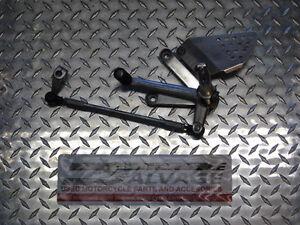 1996 honda cbr-900rr fireblade ls footpeg &braket