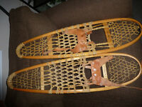 SNOWTREK Quality Snowshoes 10x36 with leather bindings