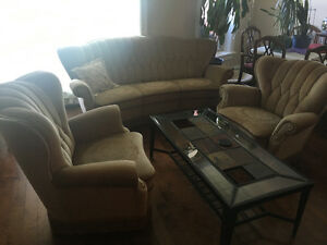 Antique chesterfield and 2 matching chairs