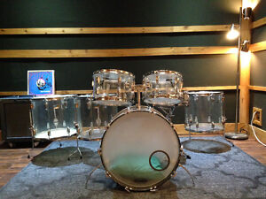 Ludwig Vistalite early 70's CLEAR. gros kit. 12-13-16-16-18, 22.