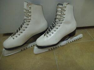 Patins Daoust Elizabeth Manley Figure skating skates