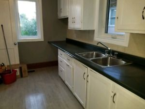 3BDRM HOUSE FOR RENT WEST FLAT