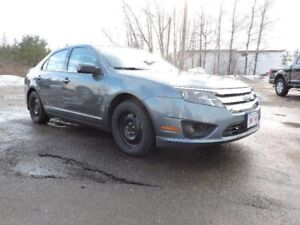 2012 Ford Fusion SE, FWD, Low KMS!