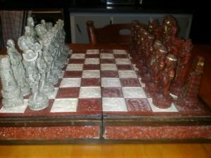 Jeu d'échecs en marbre et en bois(Rare)