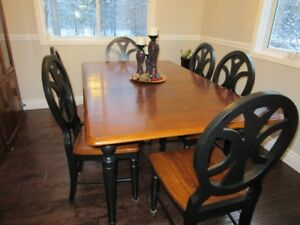 Westport Dining table and chairs