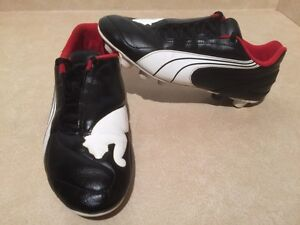 Men's Puma Outdoor Soccer Cleats Size 7 London Ontario image 2