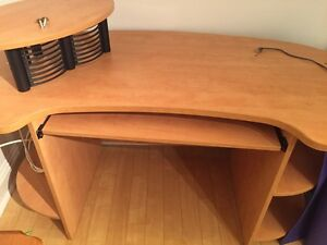 Large office desk FREE must pick up