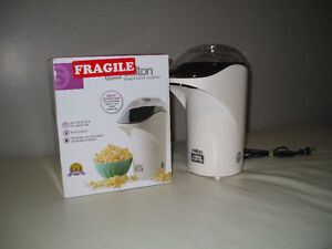 Hot Air Corn Popper....used once   Really  Just Once..   $10.00