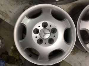 Authentic Mercedes-Benz mag wheels - lightweight and original!