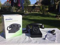 BINATONE CORDED TELEPHONE WITH NOSTALGIC DESIGN. CLASSIC RETRO. NICE LOOKING OLD STYLE TELEPHONE