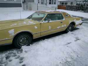 75 Lincoln  MK4.    900dollars. Drive it home.