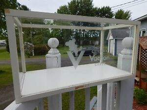 Antique general store Vachon Cakes advertising glass showcase