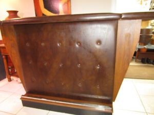 Portable bar Wood laminate and faux leather look