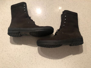 Tods Brown Lace-Up Boots.