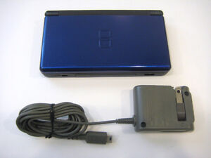 *****BLUE NINTENDO DS LITE + MANY GAMES AVAILABLE!*****
