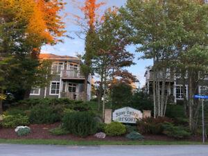 2 Bedroom unit 4 Sale in beautiful setting.Occupancy Nov 1st !
