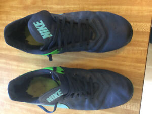 Nike Soccer Cleats  Size 11