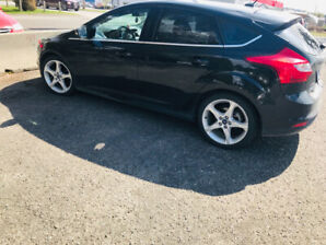 2013 Ford Focus Platinum