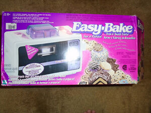 Easy Bake oven with accessories $5 ***