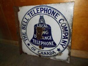 FLANGE BELL TELEPHONE