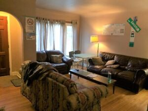 Five rooms to rent in student house near McMaster University