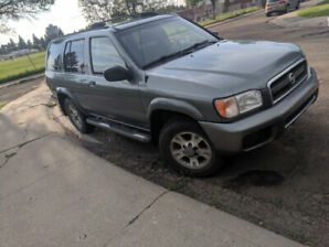 For Sale- 2004 Nissan Pathfinder (4x4)- $2,000