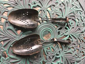 Shoe shaper