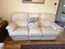 Cream leather recliner sofa settee couch FREE to uplift
