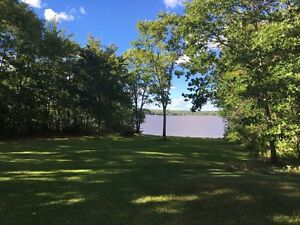 Camp Cottage on the Washedemoak Lake near in Cambridge Narrows