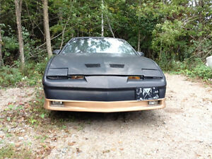 For parts 1987 Pontiac Trans Am trans am Coupe (2 door)