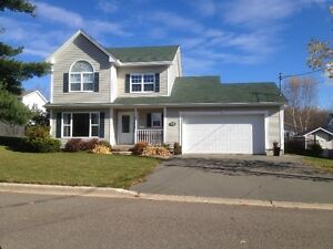NEW LISTING - GREAT AREA, GREAT HOUSE !!