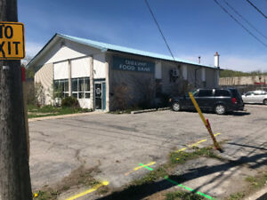 2400 Sq/ft  Office/Warehouse for Lease Available Sept 1st