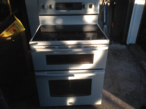 Dual oven flat top stove