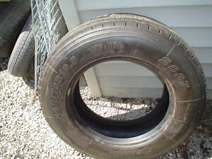 245/70/19.5    SAIL UN  TIRE   LIKE NEW Windsor Region Ontario image 1