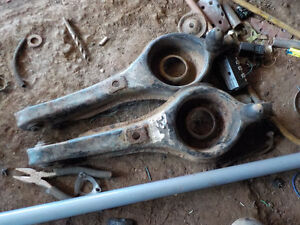 2000 new ford focus rear trailing arms plus other good parts