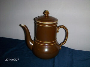 VINTAGE COFFEE OR TEAPOT-C.P. & CO.-MEHUN-FRANCE-1970S-LIKE NEW!