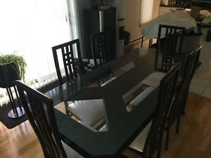 "Italian solid wood dining room  table with 6 chairs from ""Lida"""