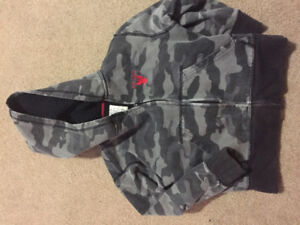 Boys Gray Camo Fleece Lined Hoody; Size 4-5
