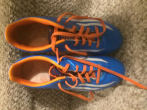 Size 4 Adidas Soccer Shoes