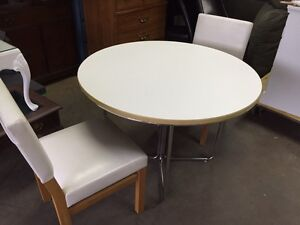 Good Condition Table and 2 Chairs $70 obo London Ontario image 2
