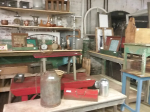 Farm, rustic decor, collectibles, plus 1000 booths to explore