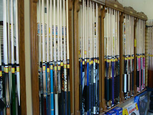 POOL CUES - UP TO 50% OFF!!! - CUE CASES, BILLIARD CLOTH Kitchener / Waterloo Kitchener Area image 2