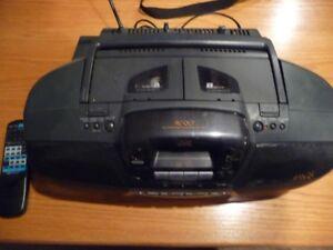 Chaine de son Portable pour 3 CD à télécommande
