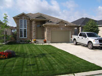 Strathroy, ON - House For Sale